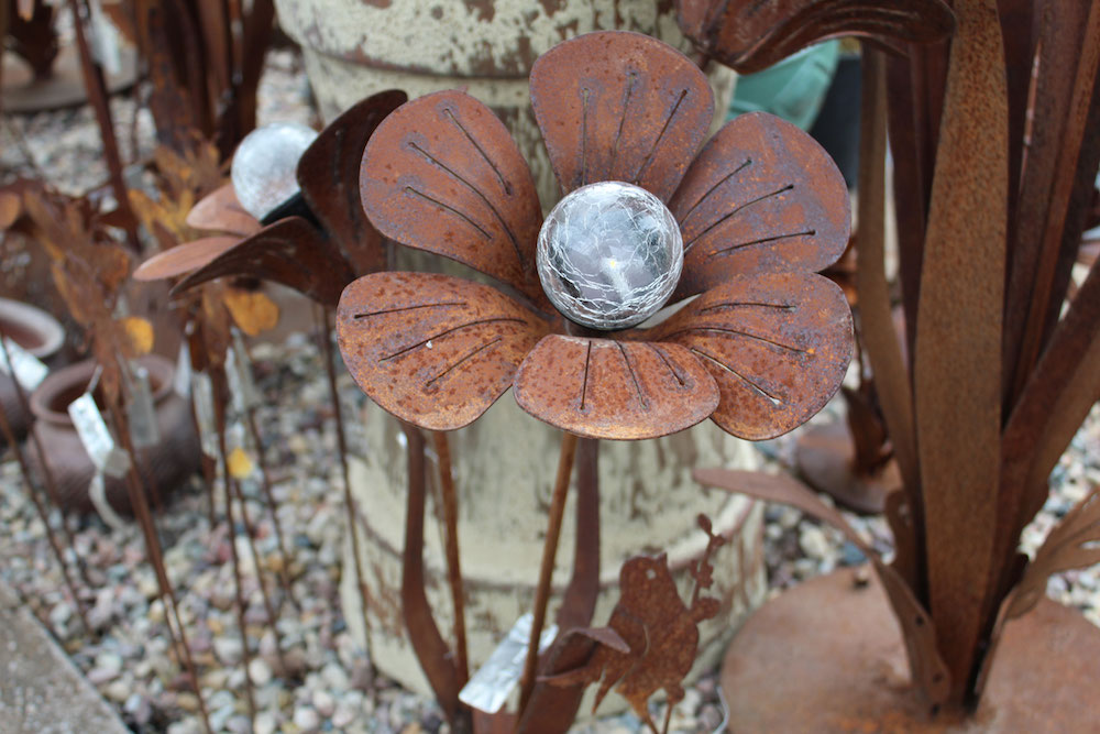 metal art for gardens and landscaping