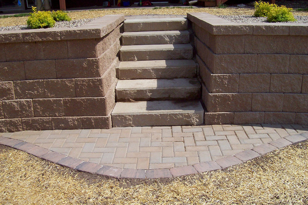 brick pavers with steps and retaining wall