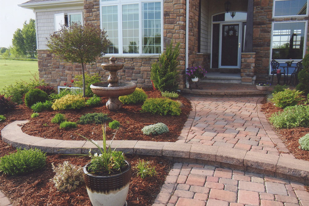 front yard landscaping water fountain idea